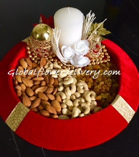 500 gm mix dryfruit in a decorated tray
